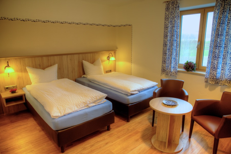 Zimmer Bett Morgentau